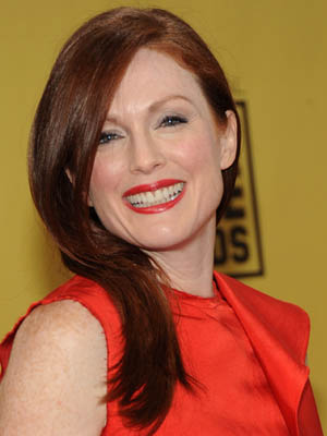 Julianne Moore at 2010 Critics' Choice Awards