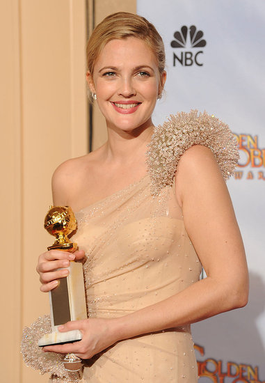2010 Golden Globe Awards Trend: Shoulder Flourish