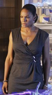 Audra McDonald as Naomi Bennett on Private Practice Style 2010-01-21 13:45:11