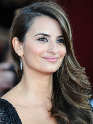 Penelope Cruz at 2010 SAG Awards 2010-01-23 17:29:51
