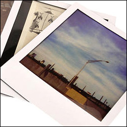Magnetic Picture Frames Turn Any Photo Into a Polaroid