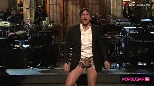 Ashton Kutcher Hosting Saturday Night Live