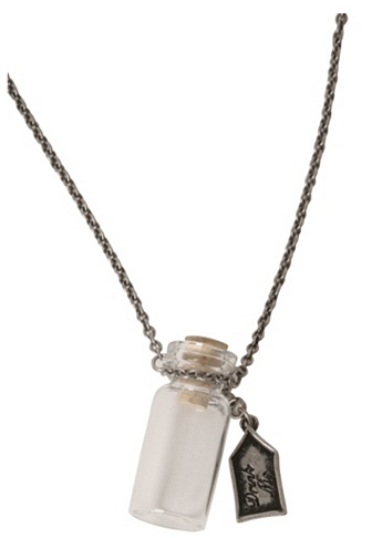 Torrid Alice in Wonderland Pewter Drink Me Necklace ($20)