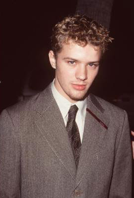 Ryan Phillippe #12