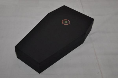 Photos of the Xbox 360 Coffin