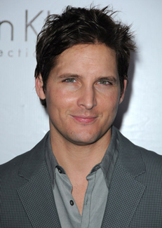 Peter Facinelli Signs on to Star in Movies Loosies and Paz