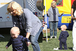 Photos of Pregnant Amy Poehler With Archie Arnett on the LA Set of Parks and Recreation