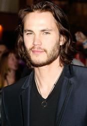 Taylor Kitsch to Star in Film Adaptation of the Board Game Battleship 2010-04-08 11:00:00