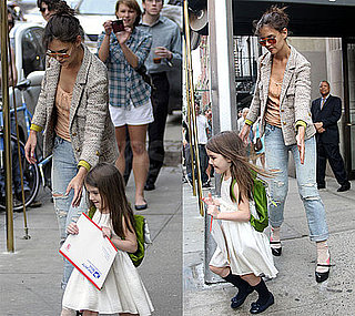 Pictures of Suri Cruise and Katie Holmes Mailing an Envelope in NYC