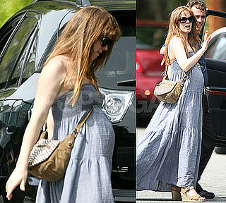 Pictures of Isla Fisher Pregnant in LA