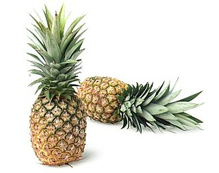 Easy Recipe for Fresh Pineapple Fruit Salad