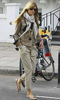 Picture of Elle Macpherson Taking Kids to School in London