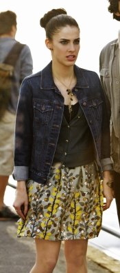 Adrianna Duncan Style in Jean Jacket on 90210
