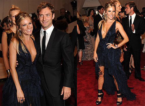 Pictures of Sienna Miller and Jude Law Together at the 2010 Met Costume Institute Gala 2010-05-03 18:45:00