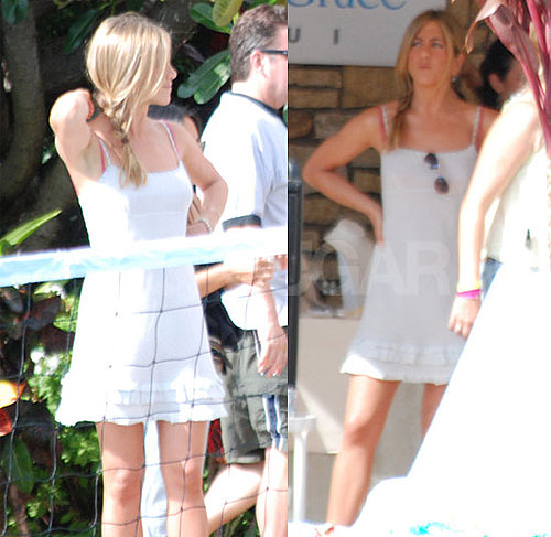 Pictures of Jennifer Aniston By a Pool in Hawaii