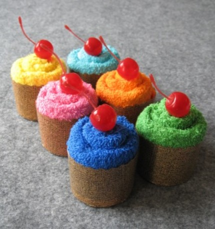 Wash Cloth Cupcakes