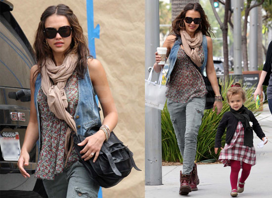 Pictures of Jessica Alba and Honor in LA