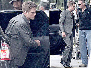 Pictures of Robert Pattinson on Water for Elephants Set 2010-06-09 13:09:49