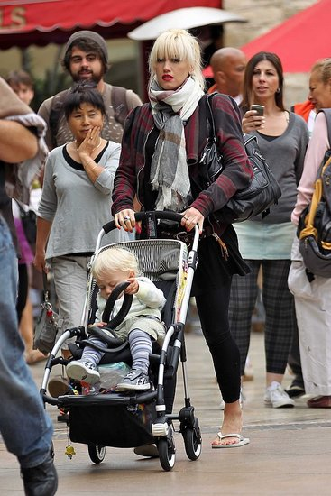 Pictures of Gwen Stefani and Zuma Rossdale