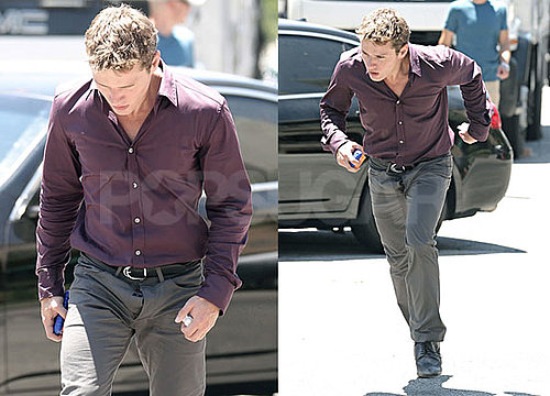 Pictures of Ryan Phillippe With His Fly Unzipped on the Set of The Lincoln Lawyer