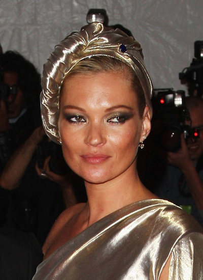 "May 2009: ""The Model As Muse: Embodying Fashion"" Met Costume Institute Gala"