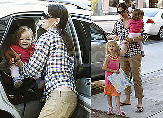 Pictures of Jennifer Garner With Violet and Seraphina at a Magic Show in LA