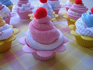 How to Make a Washcloth Cupcake