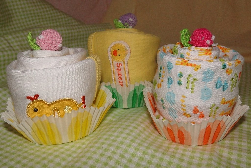 Burp cloth cupcakes ($5)