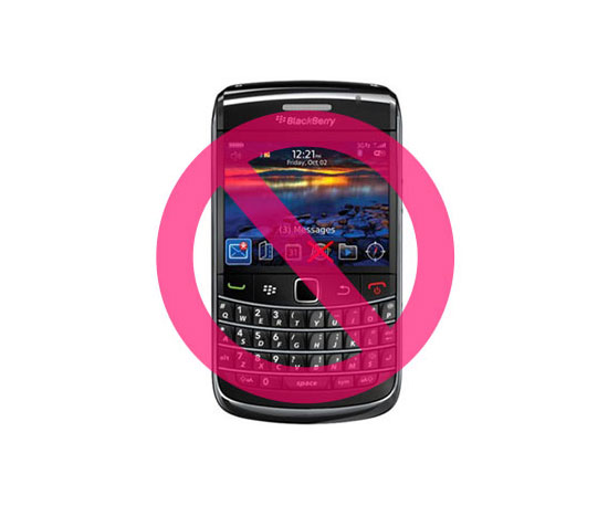 UAE Bans BlackBerrys, Other Countries Follow Suit