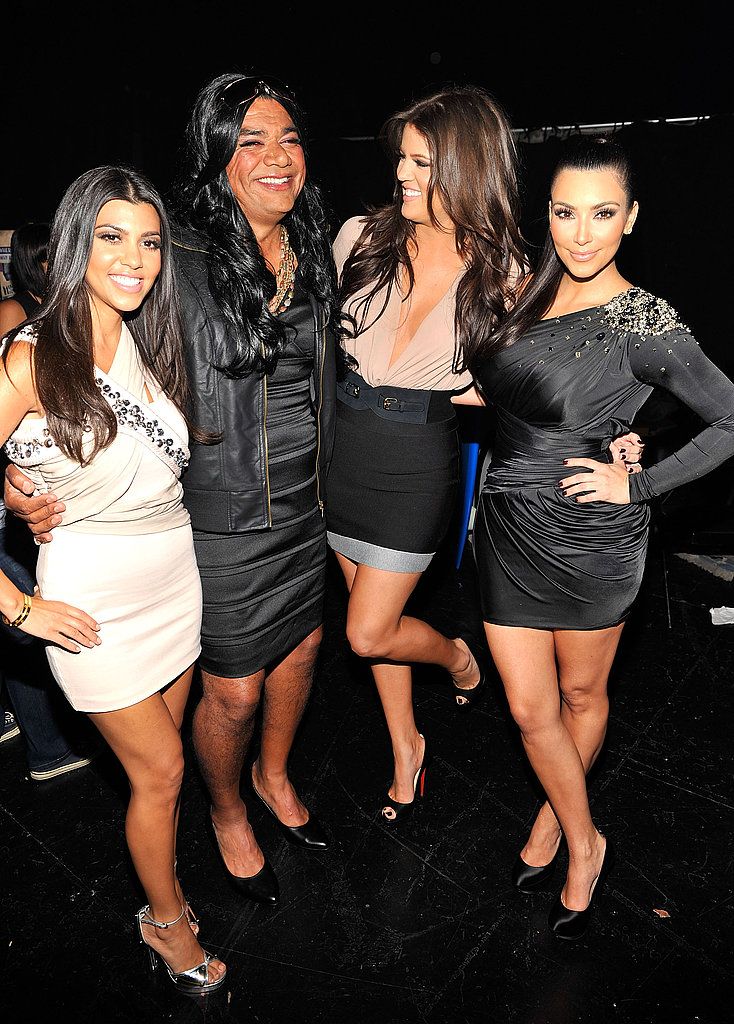 The Kardashian Clan, with special impostor guest.