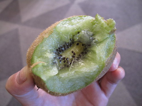 Do You Eat the Skin on Kiwi?