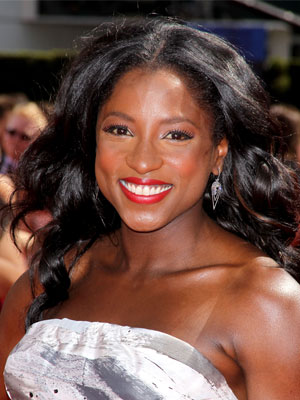 Rutina Wesley at 2010 Emmy Awards 2010-08-29 16:14:20