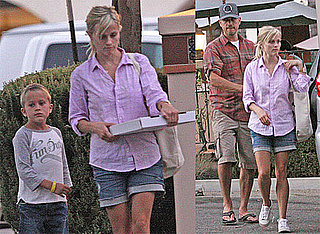 Pictures of Reese Witherspoon, Jim Toth, Deacon, and Ava Phillippe in Ojai, CA