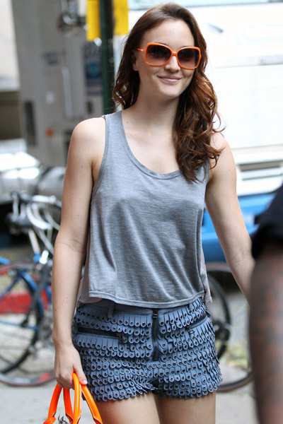 While filming Gossip Girl, Leighton Meester wore a pair of Phillip Lim shorts that are incredibly unique and eye-catching. I'll take a pair, please!
