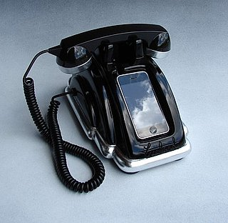 Retro iPhone Charger