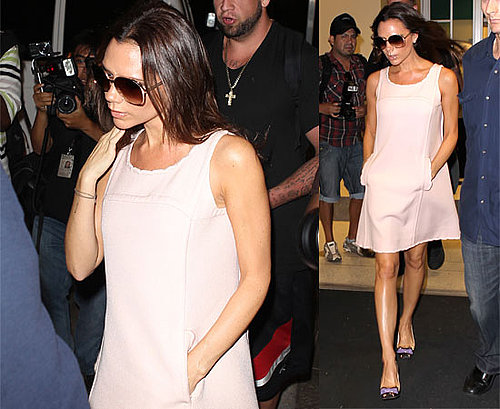 Photos de Victoria Beckham qui prend l'avion entre Heathrow et New York pour la Fashion Week
