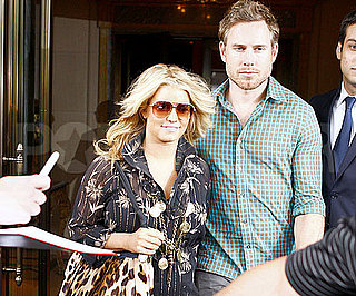 Slide Picture of Jessica Simpson and Eric Johnson in NYC 2010-09-10 14:30:02