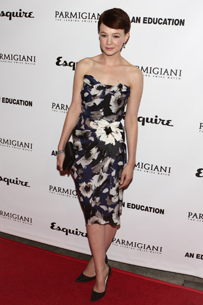 Carey in a moody floral Lanvin. Note the below-the-knee hemline.