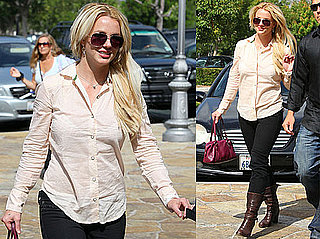 Pictures of Britney Spears Shopping in Calabasas