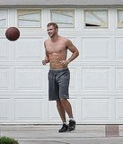 Pictures of Kellan Lutz Shirtless