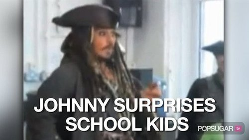 Video of Johnny Depp Visiting a Classroom as Captain Jack Sparrow 2010-10-07 14:22:19