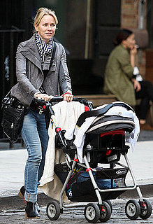 Pictures of Naomi Watts Looking Ready For Fall in NYC
