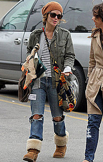 Pictures of Rachel Bilson Grocery Shopping in Los Feliz 2010-10-22 14:00:00