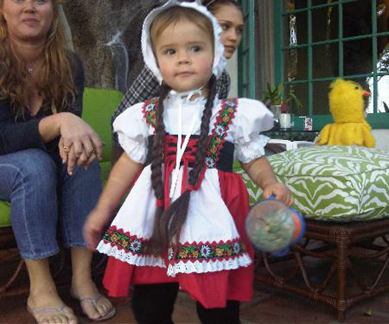 Cash Warren tweeted a cute picture of Honor at a Halloween party in 2009.
