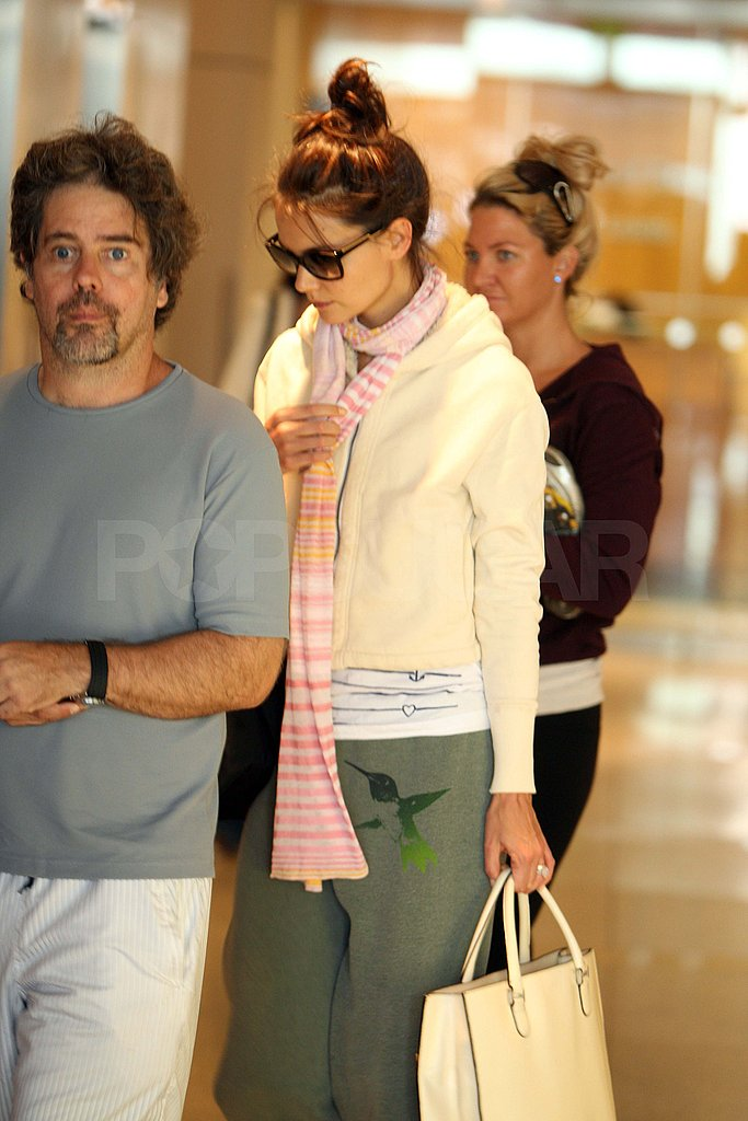 Pictures of Katie Holmes Shopping