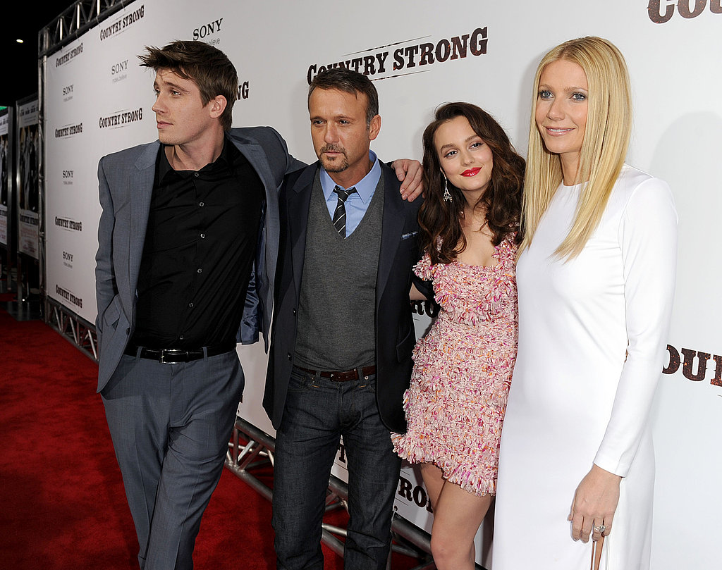Gwyneth, Leighton, and Tim Make a Cute Country Crew at Their LA Premiere