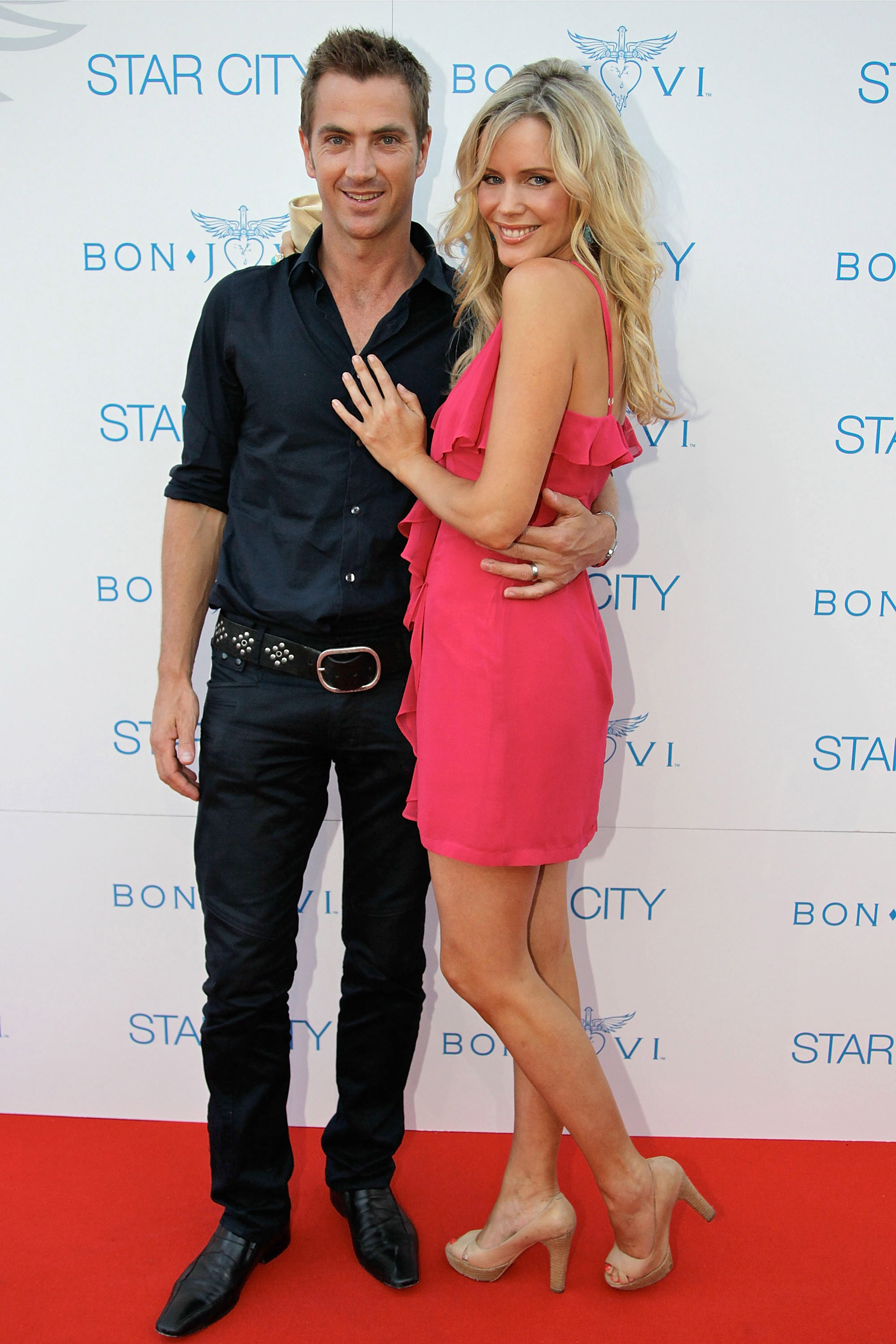 Tony Thomas, Sophie Falkiner