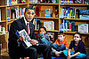 Pictures of Barack Obama Reading His Children&#039;s Book
