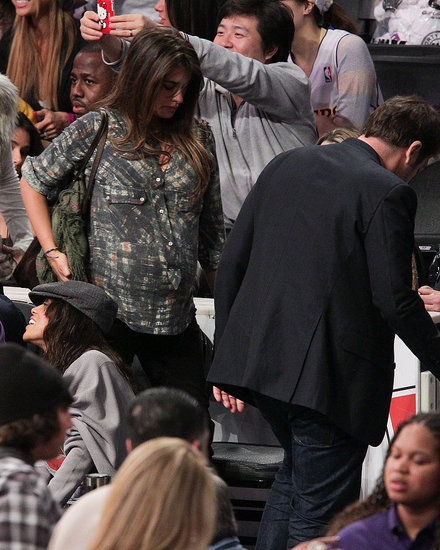 Penelope, Javier, Cameron, and Kanye Celebrate Christmas With the Lakers!