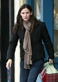 Pictures of Jennifer Garner Doing Some Holiday Shopping at Janie and Jack in Santa Monica